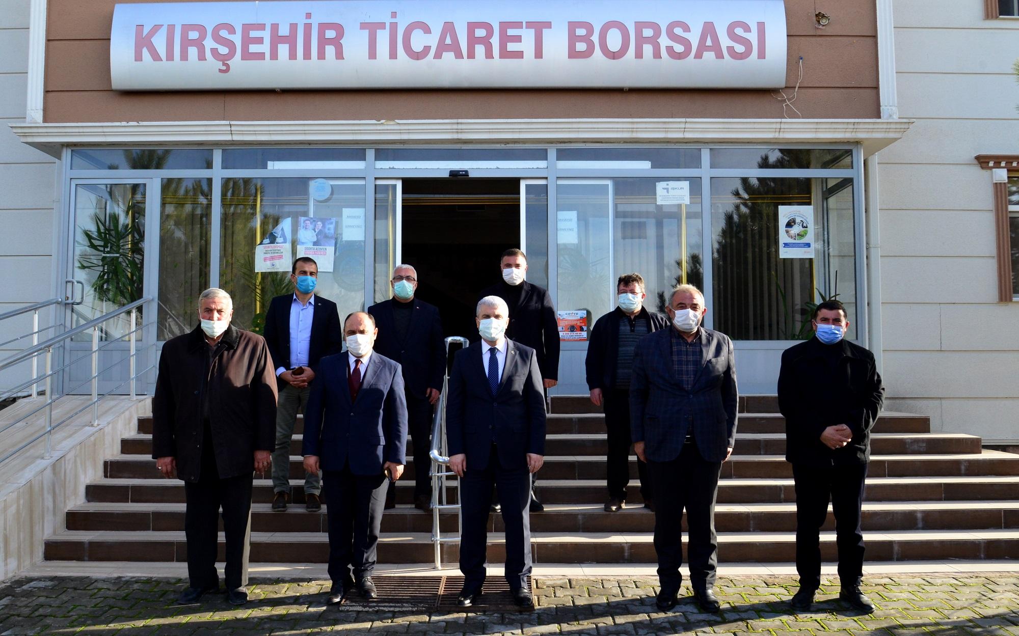 VALİ AKIN, STK'LARLA PANDEMİ'YLE MÜCADELEYİ KONUŞUYOR