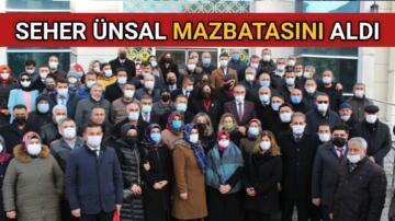 AK PARTİ İL BAŞKANI ÜNSAL MAZBATASINI ALDI
